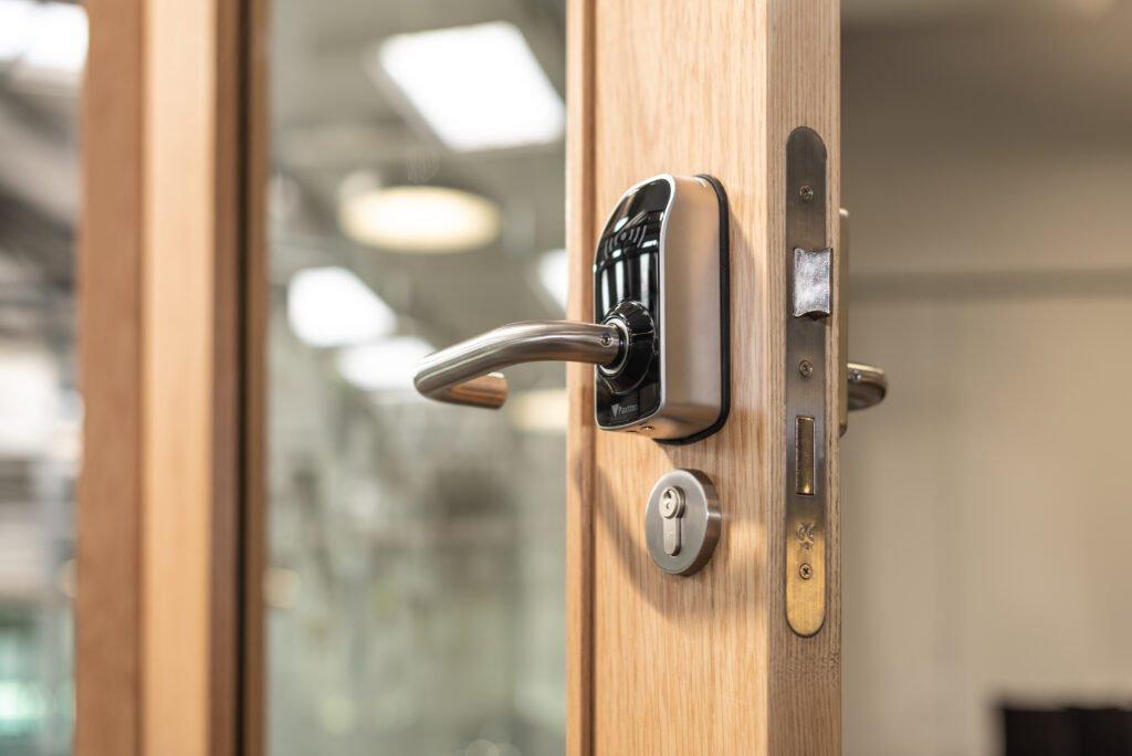 Key Fob Door Entry System Reader